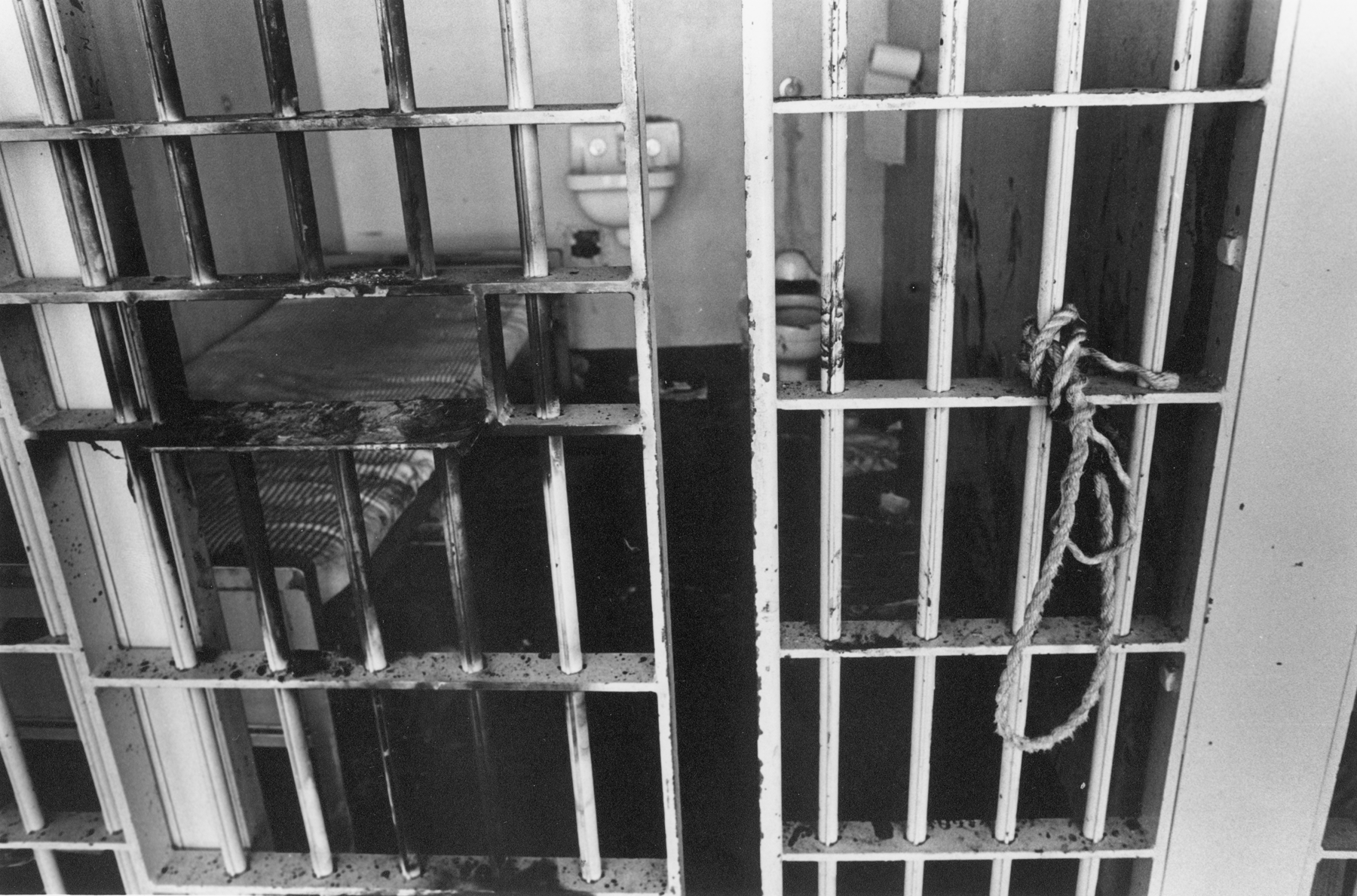 sante fe prison riot This article about former waupun prison guard harvey winans and the prison riot in santa fe prison was published in the new york times in 1981.