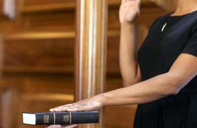 oath-court-witness-1500x