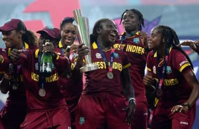 KOLKATA, WEST BENGAL - APRIL 03:  West Indies lift the trophy after winning the Women's ICC World Twenty20 India 2016 Final between Australia and the West Indies at Eden Gardens on April 3, 2016 in Kolkata, India.  (Photo by Gareth Copley/Getty Images)