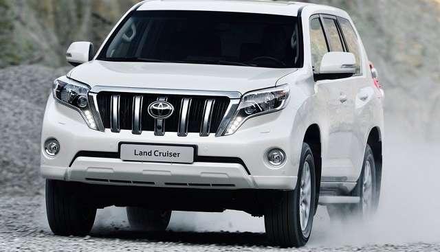2017-Toyota-Land-Cruiser-Prado