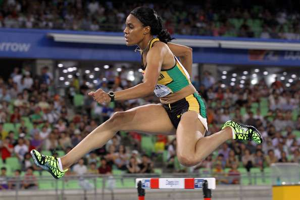 Kaliese Spencer Wins 400metres Hurdle