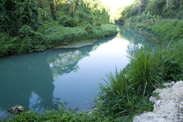 Sewage pipe repairs at the Rio Cobre to be completed on Saturday.