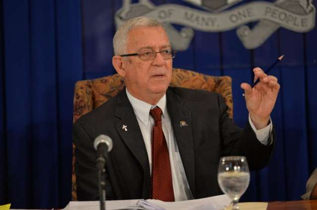 Thwaites Proposes Term Limits for Principals