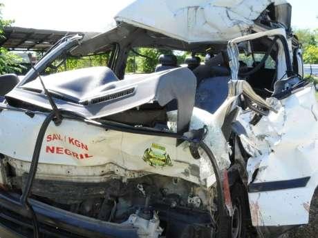 Westmoreland Crash Kills Three