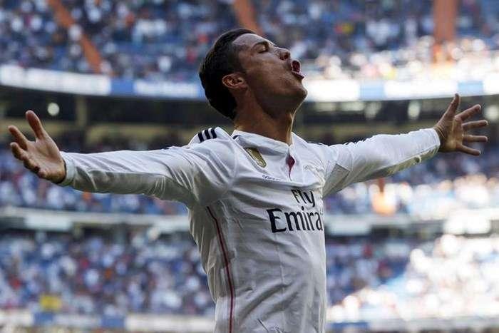 Ronaldo Scores 300th Real Madrid Goal