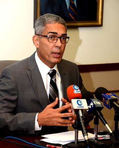 Byles: Private Sector Refusal to Change Mode of Operation Holding Back Ja Economy
