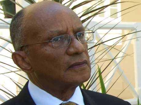 Munroe Calls for Opposition Participation on Security Council
