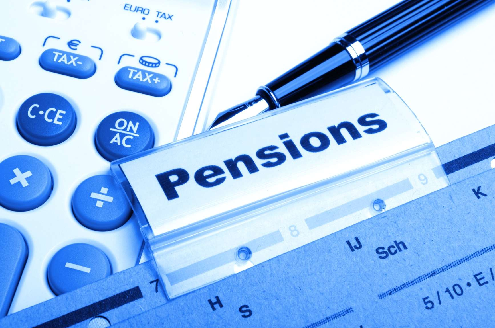 Phillips Urges Timely Establishment of Independent Pension Scheme