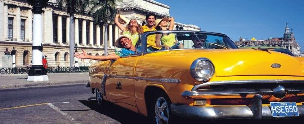 Bartlett Not Worried about Cuba's Tourist Pull