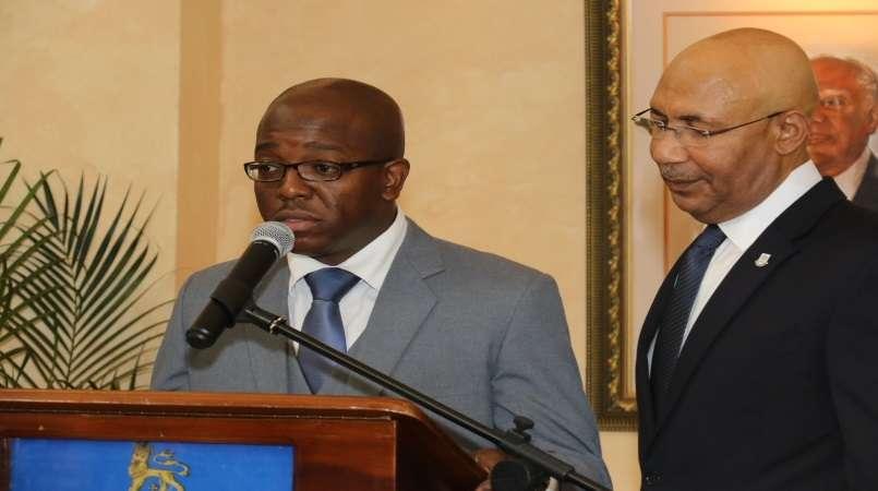 Pearnel Jr Renounces US Citizenship to Serve