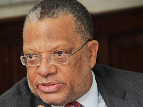 Phillips Wants Committee to Review The Integrity Commission Act