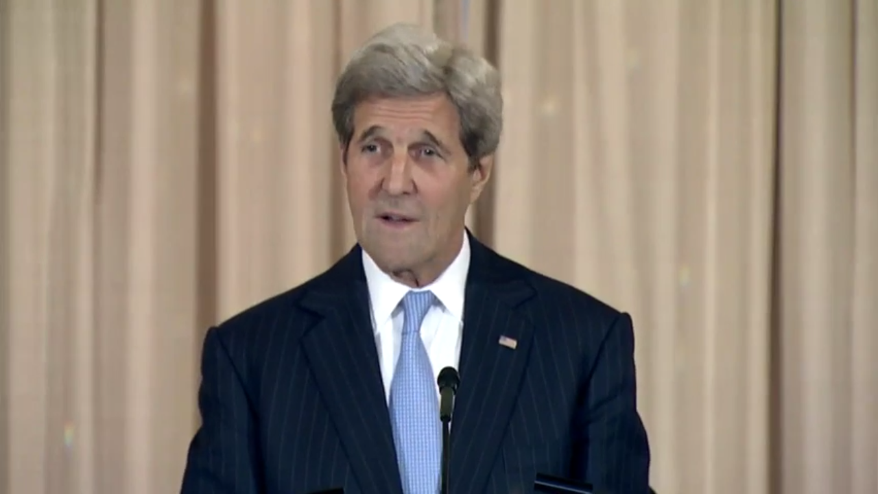 Kerry Cautions Regional Leaders about Energy choices