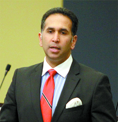 T&T Foreign Minister Defends Immigration Officials