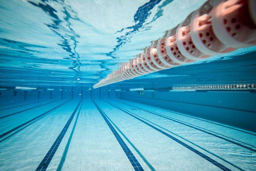 Aquatic Sports Association Signs Agreement to Provide Scholarships for Top Local Swimmers