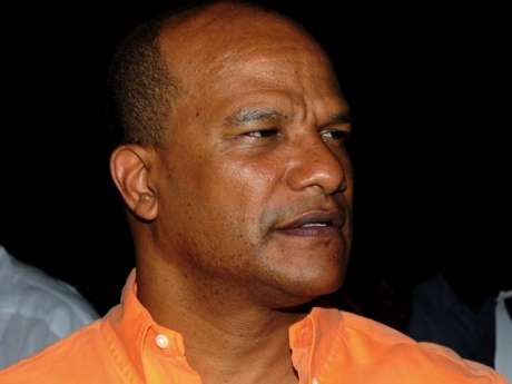 Bunting Bows Out of PNP Presidential Race