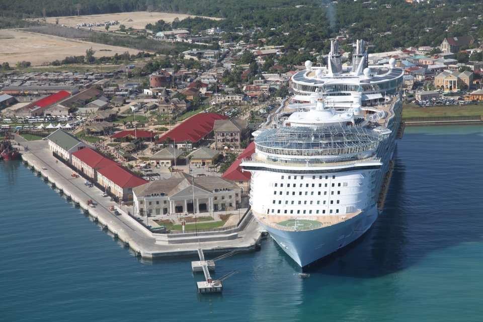 Tourism Minister Expecting Strong Cruise Ship Performance