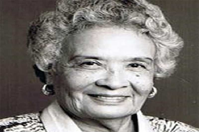 Widow of the late Governor General Howard Cooke, Lady Ivy Cooke, dies at the age of 100 years.