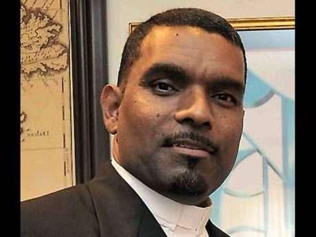 Clergyman Urges Parliament to Ignore Religion in Crafting Legislation