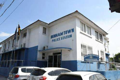 Denham Town Tense! – Warring Western Kingston Gangsters Openly Attacking Each Other