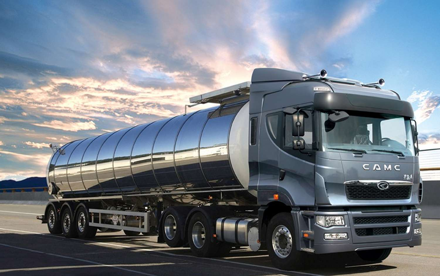 Trade Union Leaders at Odds over Tanker Drivers' Strike