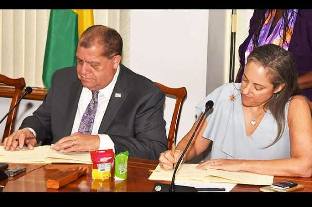 IDB in Awe of Jamaica's Economic Progress