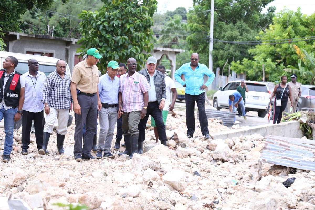 Holness Commits to Helping MoBay Following Flooding