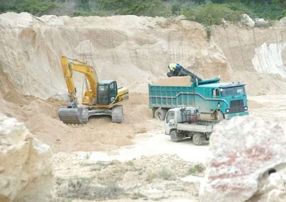 Govt to Increase Length of Mining Licenses to 10yrs