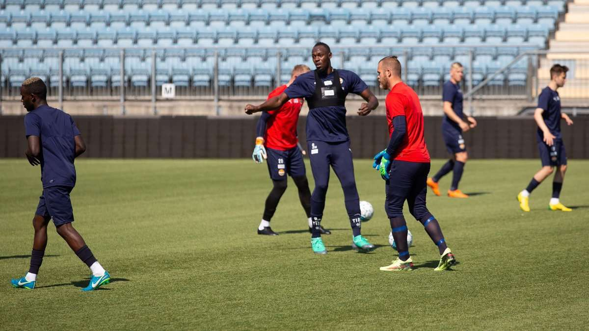 Bolt to Feature for Norwegian Football Exhibition Tie