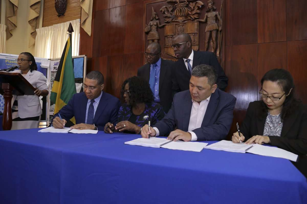 Holness Promises Traffic Relief with Three Miles By-Pass