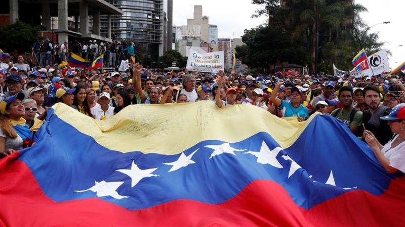 CARICOM Heads Huddle Over Position on Venezuela Crisis