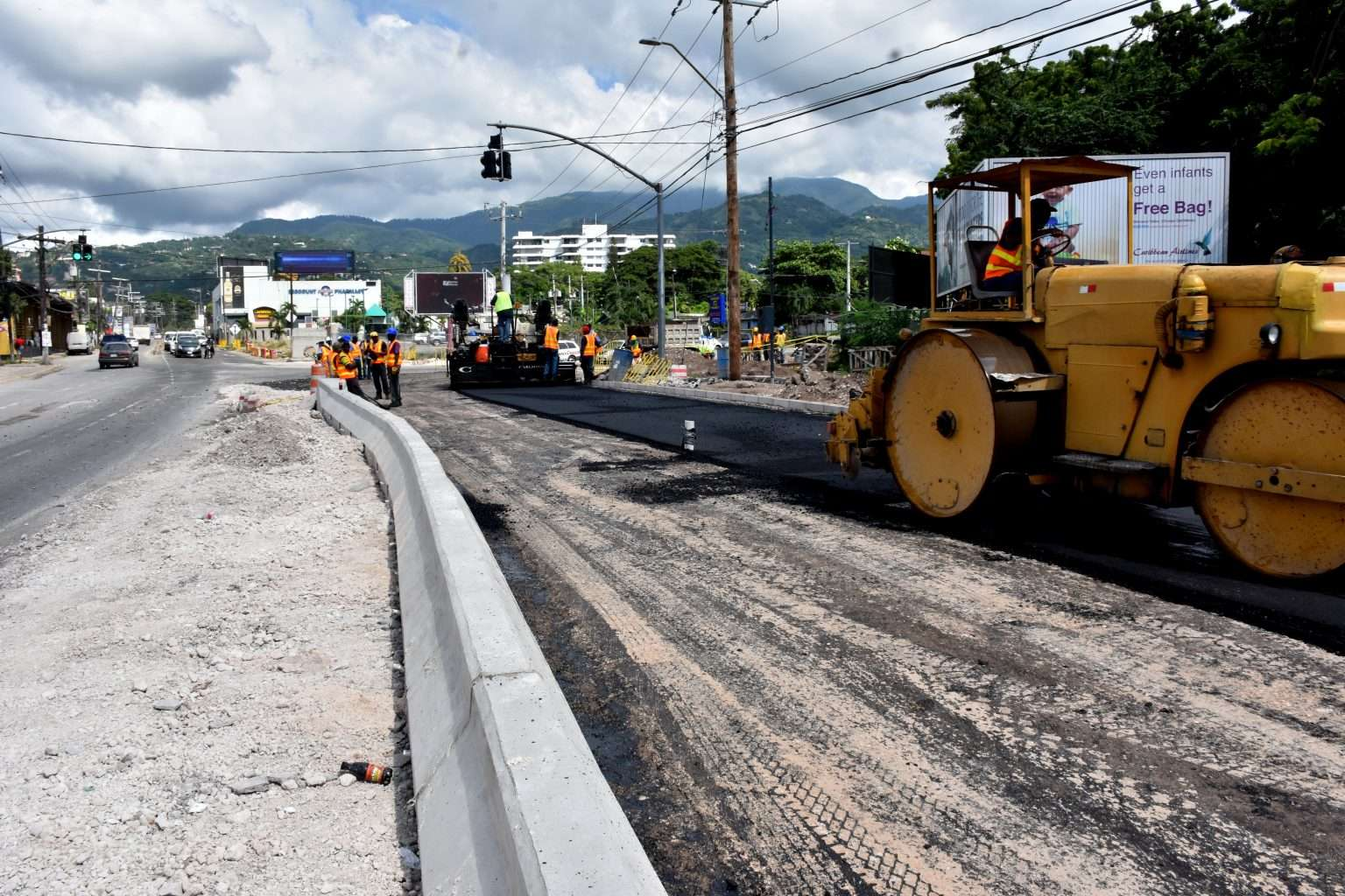 Gov't Apologies For Delays In Corporate Area Road Projects