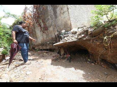 Frustrated Harbour View Residents Want Unfinished Gully Fixed