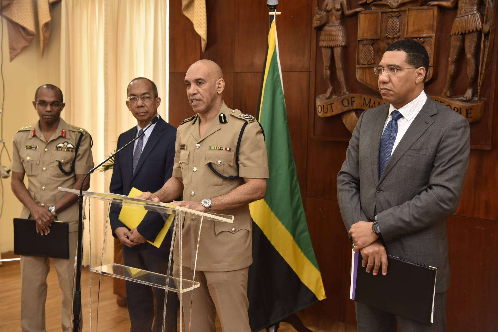 Chang: Gov't Retains Confidence in Police Commissioner Anderson