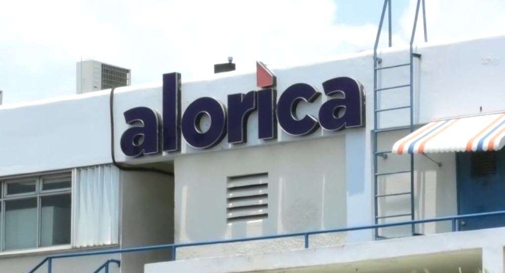 Alorica Employees Face Major Salary Cut Despite VP Commitment That They Wouldn't