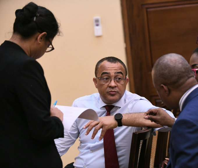 Jamaica Considers Acquiring Coronavirus Drug From Cuba