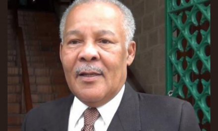 Holness, Phillips Pay Tribute to Late Barbadian PM, Owen Arthur