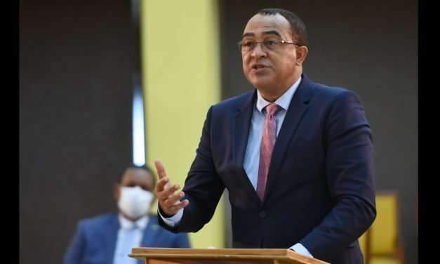 Health Ministry Urges More Dialogue Before Allowing the Restart of Sports