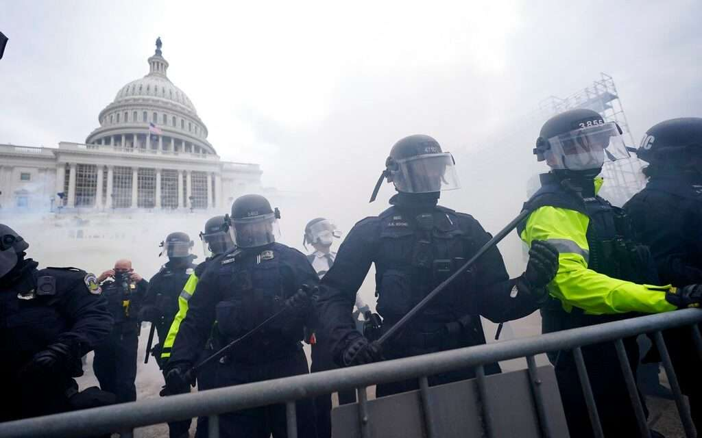 Washington D.C Under Siege: Pro-Trump Protestors Storm US Capitol in Protest of Presidential Election Results