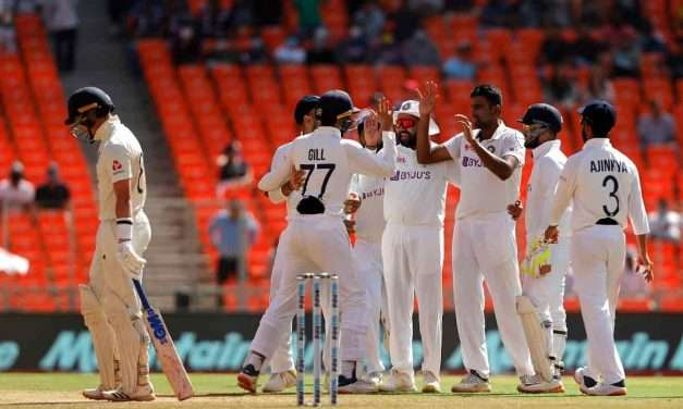 England Bowled Out for 205 on Day 1 of 4th Test vs India
