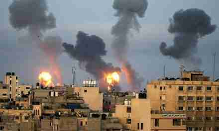 Palestinian Militants Fire 130 Missiles at Tel Aviv After Israeli Air Strike on the Gaza Strip