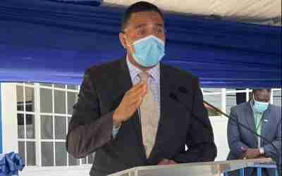 PM Weighs in on Mandatory Vaccination Debate