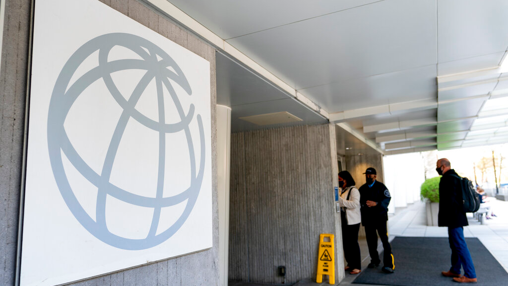 World Bank Predicts Fastest Worldwide Growth in 50 Years