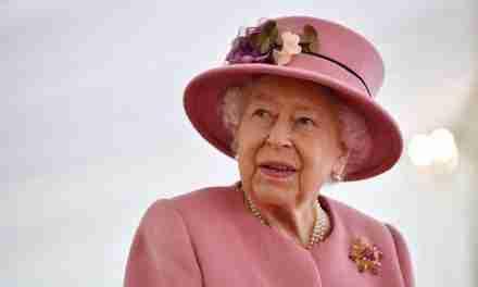 Queen Elizabeth in 'Good Spirits' at Windsor Castle After Being Hospitalised